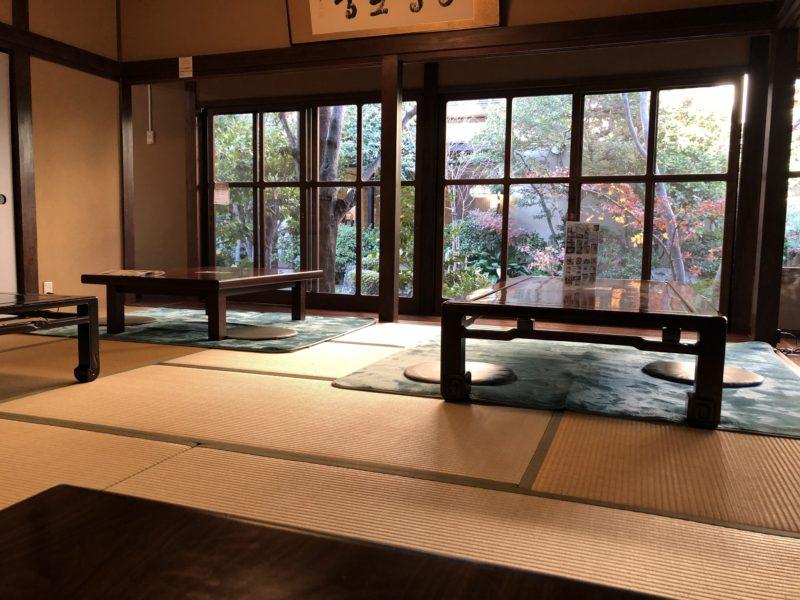 東京のスーパー銭湯 さやの湯の食事処